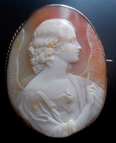 Annunciation Angel Cameo Brooch