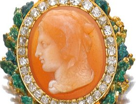 Cameo showing the head of Hercules wearing a lion skin