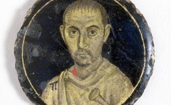 Roman portrait medallion
