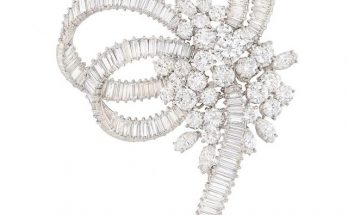 Platinum and Diamond Brooch, France