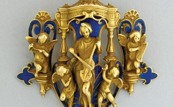 RENAISSANCE REVIVAL ENAMELED 14K GOLD BROOCH